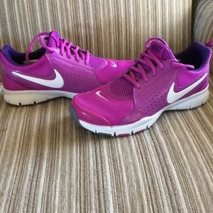 Purple/Pink Nike Tennis Shoes